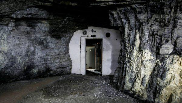 bunkier, schron, schron przeciwatomowy, fallout, schrony przeciwatomowe, pyrkon, jaskinia, kryjówka